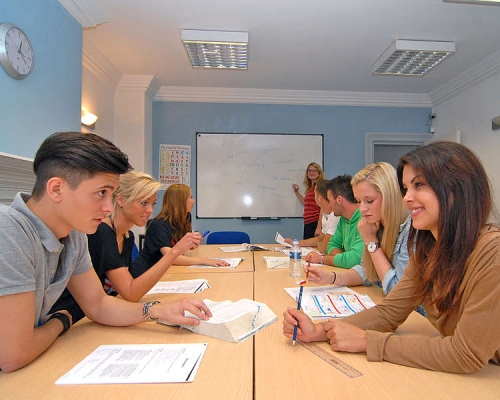Sprachcaffe Language School - Brighton - İngiltere